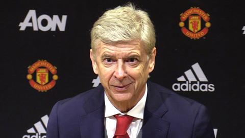 Wenger sẵn sàng 'giải cứu' nhưng fan M.U không dám nhận