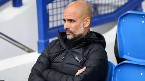 Pep: 'Liverpool vô đối nhưng Man City không bao giờ đầu hàng'
