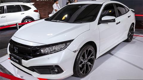 Honda Civic có bản nâng cấp mới 'cực chất' đe nẹt Mazda 3