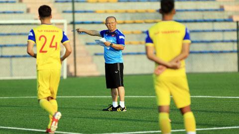 Bất chấp chấn thương của Xuân Trường, thầy Park chưa gọi thêm cầu thủ