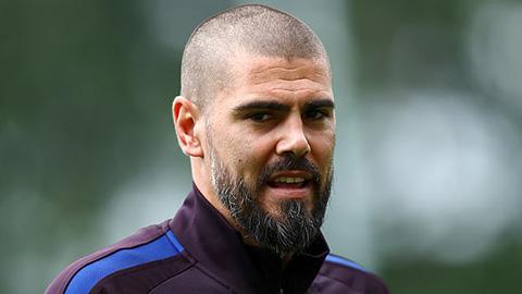 Valdes trước nguy cơ mất việc chỉ sau vài tháng dẫn dắt đội trẻ Barca