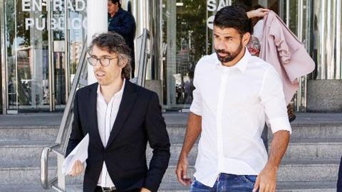 Hậu trường sân cỏ 6/10: Diego Costa thừa nhận trốn thuế