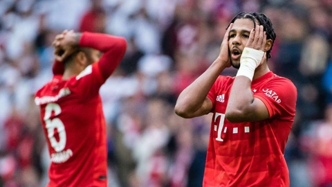 Bayern thua sốc Hoffenheim với tỷ số 1-2: Gáo nước tỉnh người