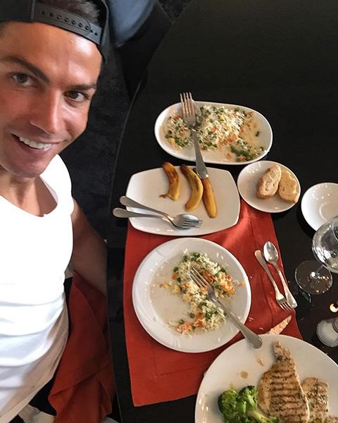 Ronaldo chú trọng ăn uống rất nhiều