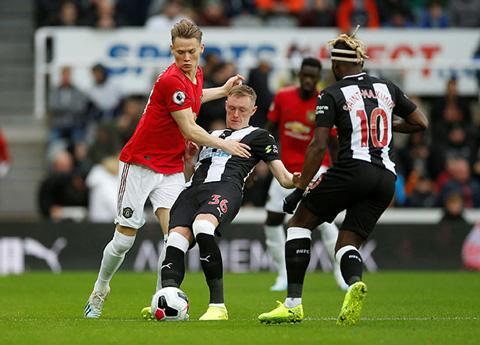 M.U thi đấu đầy bế tắc trước chủ nhà Newcastle
