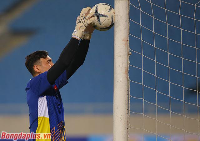 Thủ môn Đặng Văn Lâm tiếp tục được kỳ vọng là chốt chặn tin cậy của đội tuyển Việt Nam
