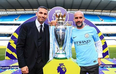 Chủ tịch Khaldoon và Pep bên chức vô địch Ngoại hạng Anh