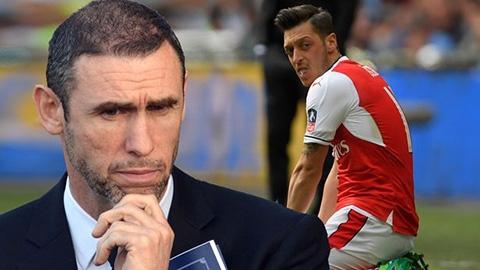 Tiền bối chỉ cách Oezil hồi sinh sự nghiệp tại Arsenal