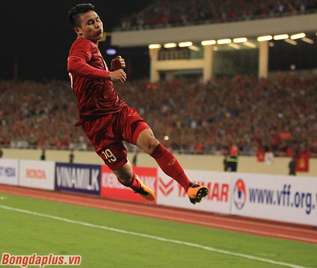 Một lần nữa, tài năng trẻ của Việt Nam lại tỏa sáng trong một trận đấu cần sự lên tiếng của các ngôi sao