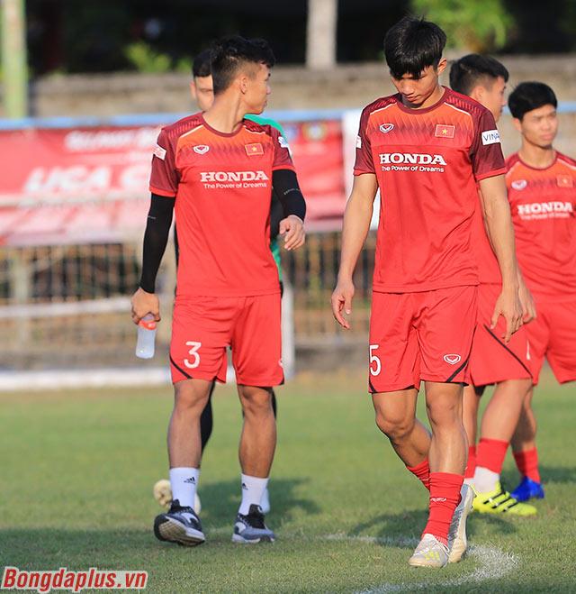 Ngoài Tuấn Anh, đội trưởng Quế Ngọc Hải cũng gặp dấu hiệu quá tải nên được HLV Park Hang Seo giảm khối lượng tập luyện