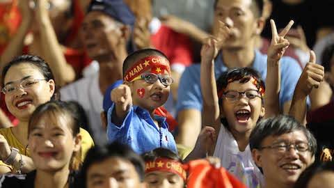 HLV trưởng U22 UAE ấn tượng với sự cuồng nhiệt của khán giả Việt Nam