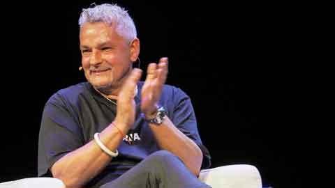 Huyền thoại Roberto Baggio: 'Bóng đá vẫn nợ tôi…'