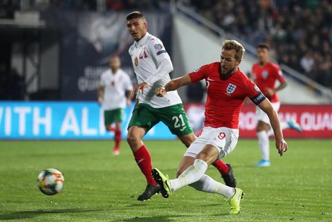Kane tỏa sáng với 1 bàn thắng và 3 đường kiến tạo
