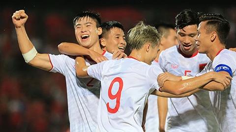 Duy Mạnh ghi bàn đầu tiên cho ĐT Việt Nam