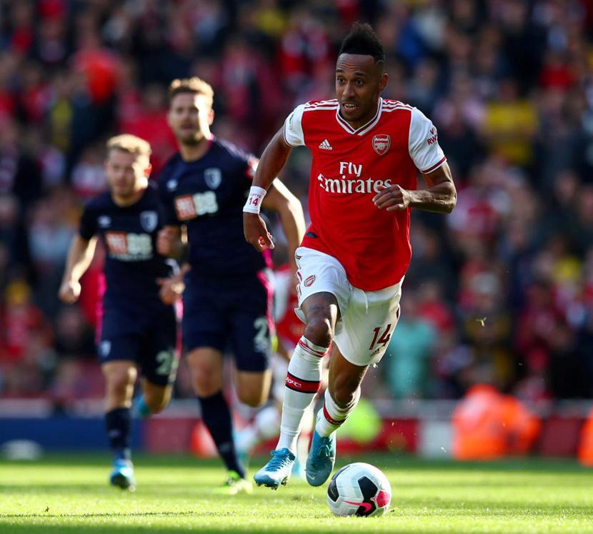 Tiền đạo cắm: Pierre-Emerick Aubameyang (30 tuổi, Arsenal, 70 triệu euro)