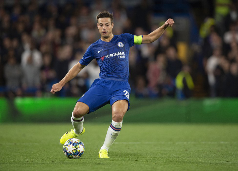 Hậu vệ trái: Cesar Azpilicueta (30 tuổi, Chelsea, 35 triệu euro)