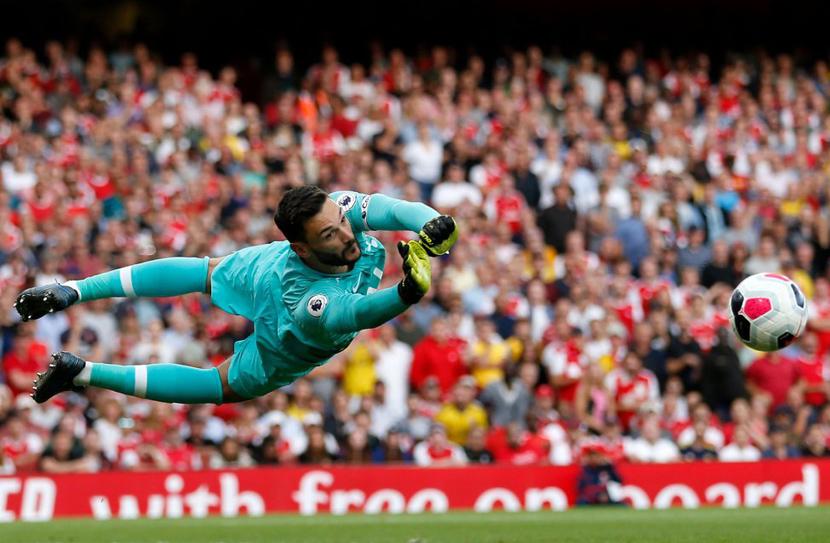 Thủ môn: Hugo Lloris (32 tuổi, Tottenham, 25 triệu euro)