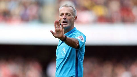 Trọng tài bắt trận M.U - Liverpool: Điểm gở cho cả đôi bên