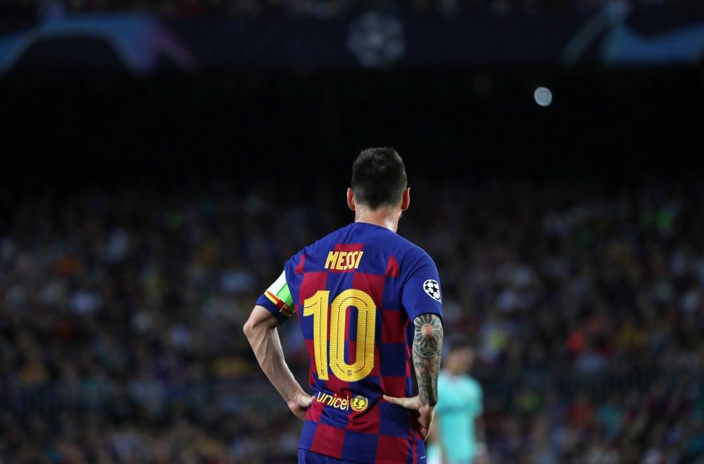Brexit, và tại sao Messi bị cấm bước chân vào Vương quốc Anh?