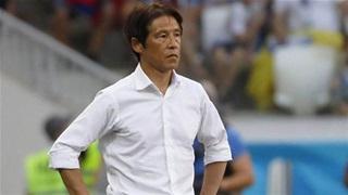 HLV Nishino chỉ trích Bùi Tiến Dũng nghiệp dư