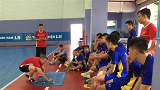 HLV Miguel Rodrigo (ĐT Futsal Việt Nam): 'Trận gặp Australia  có tính quyết định'