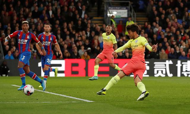 Silva ghi bàn thứ 2 chỉ sau 93 giây