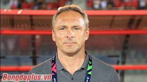 Myanmar sa thải HLV trưởng, mời lại kình địch của ông Park Hang Seo