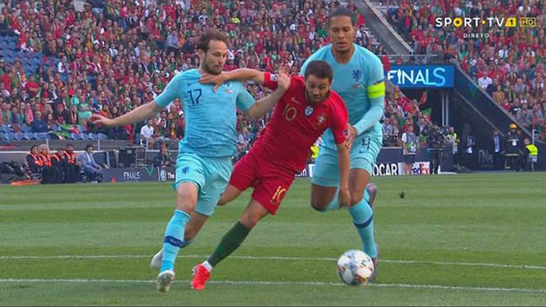 Bernardo Silva đối đầu với Van Dijk ở VCK Nations League tại Bồ Đào Nha