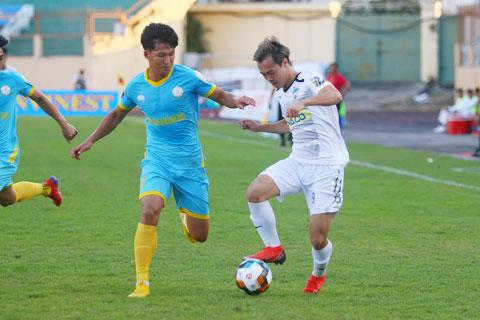 HAGL vs Sanna Khánh Hòa, 17h00 ngày 23/10: Sống còn và danh dự