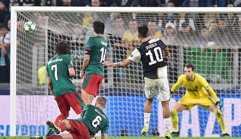 Dybala tỏa sáng với cú đúp bàn thắng vào lưới Lokomotiv