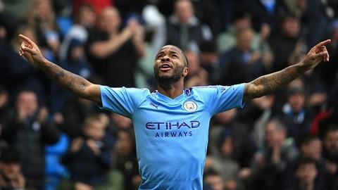 Sterling cân bằng bàn thắng với Messi trong năm 2019