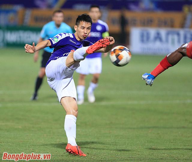 Bàn mở tỷ số giúp Hà Nội FC thi đấu tự tin và có 2 bàn trong hiệp thi đấu thứ 2