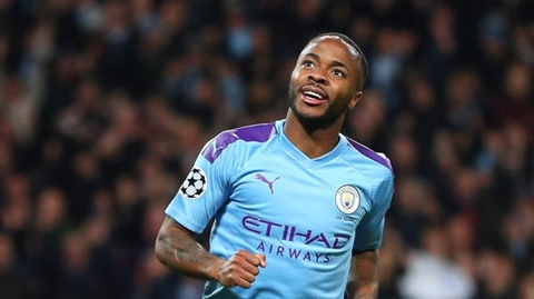 Sterling là Tiger Woods của Man City