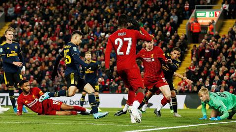Martinelli lập cú đúp bàn thắng cho Arsenal