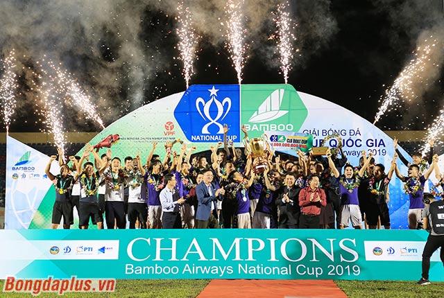 Hà Nội FC trở thành nhà vô địch tuyệt đối của bóng đá Việt Nam trong năm 2019
