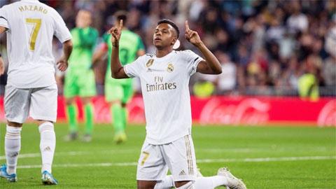 Web 388: Bale cứ chấn thương, việc tỏa sáng hãy để Rodrygo lo