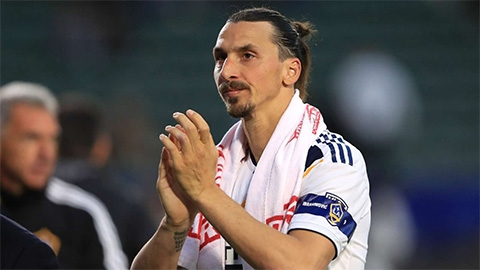 Cựu sao M.U tiết lộ lý do Ibra nên trở lại Old Trafford