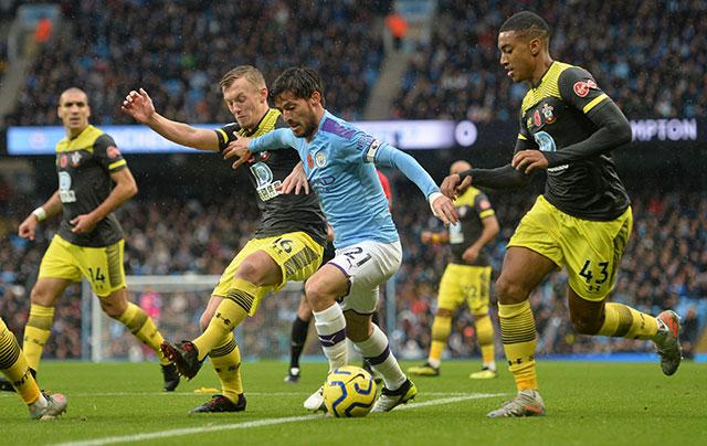 Man City 2-1 Southampton: Hút chết ở Etihad