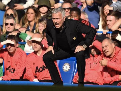 Mourinho giỏi gây thù chuốc oán hơn là khích lệ tinh thần học trò