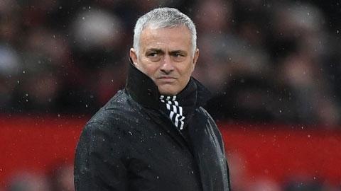 """Bayern, Arsenal hay Real, đội nào sẽ bắt tay với """"quỷ d"""" Mourinho?"""
