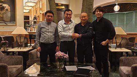 Tiết lộ thời gian VFF nhận được cáigật đầu của HLV Park Hang Seo