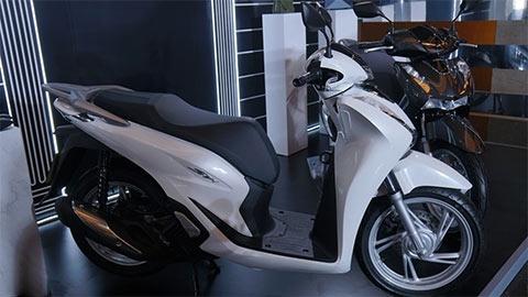 """Honda SH 125, SH 150 2020 ra mắt tại VN, giá bán khiến người dùng """"suy sụp"""""""
