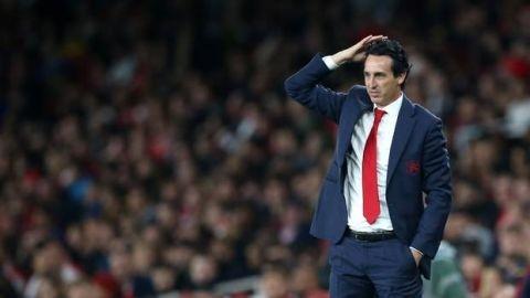 Arsenal đang đếm giờ Emery ra đi