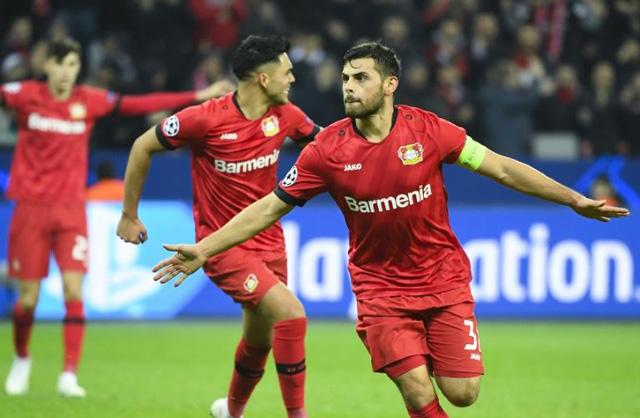Leverkusen 2-1 Atletico: Trái đắng cho thầy trò Simeone