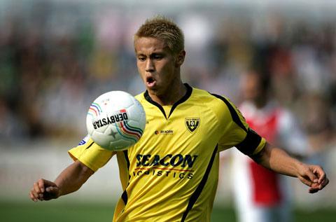 Honda từng thi đấu cho VVV-Venlo từ năm 2008 đến năm 2010