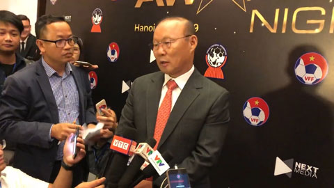 Thầy Park nói gì sau khi giành giải HLV xuất sắc nhất Đông Nam Á?