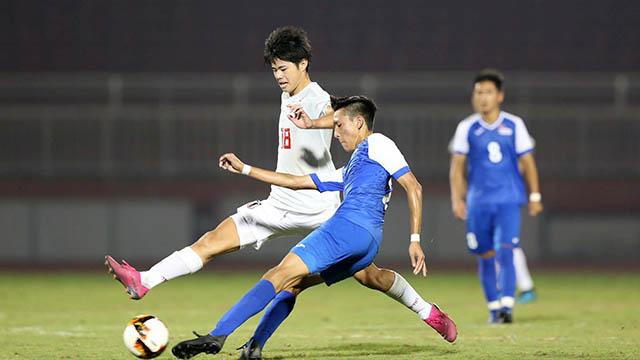 U19 Nhật (trắng) thắng dễ U19 Mông Cổ. Ảnh: Quốc An