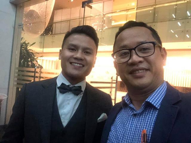 Quang Hải cùng trợ lý Lê Huy Khoa trước khi dự AFF Awards 2019 - Ảnh: Lê Huy Khoa