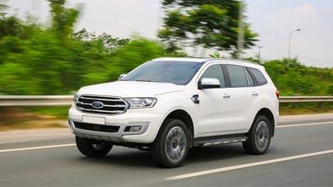 Ford Everest, Chevrolet Trailblazer giảm giá hàng trăm triệu đồng 'gây sốt' mạnh