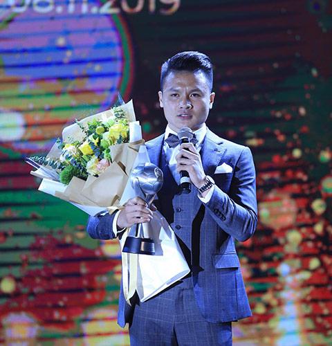 Quang Hải là cầu thủ xuất sắc nhất Đông Nam Á - Ảnh: Đức Cường